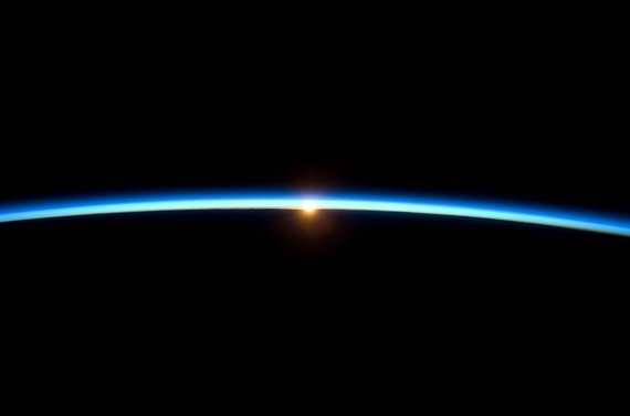 2013-11-01-EarthAtmosphere.tif.746x600_q85.jpg