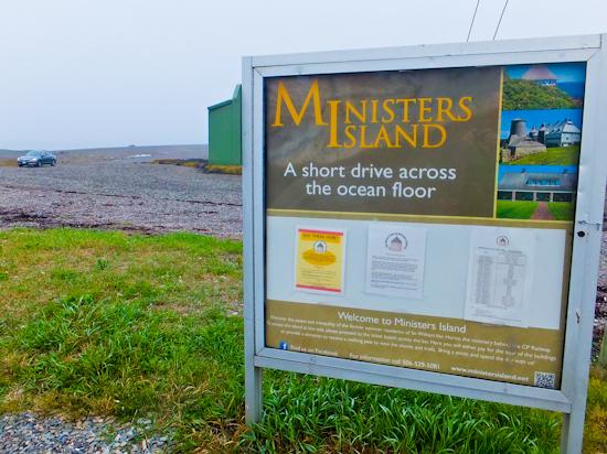 2013-11-01-MinistersIslandSign.jpg