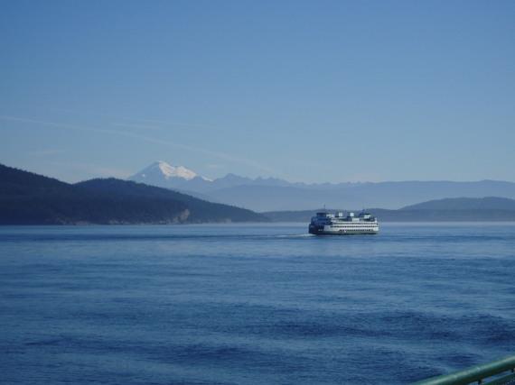 2013-11-03-FerryMtBaker2.JPG
