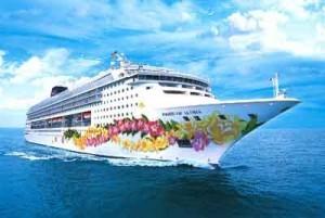 2013-11-07-cruiseship.jpg