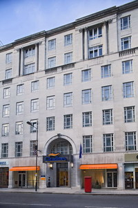 2013-11-11-Citadines_Holborn_front_view.jpg