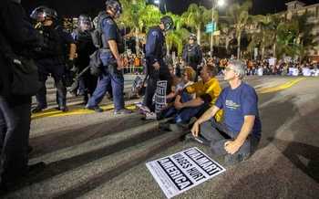 Walmart Workers and Allies Protest, But Where Was the L A  Times