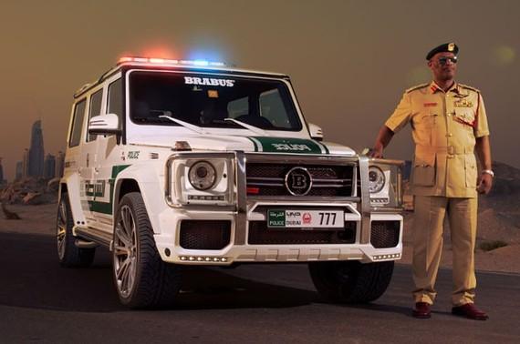 2013-11-12-brabuspolice.jpg
