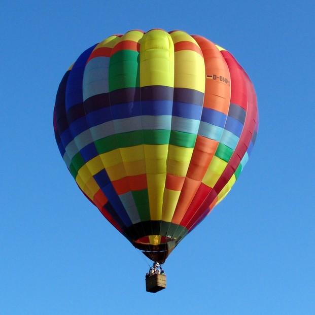 die lust an hei er luft mit ballonfahrern unterwegs marlene bitzer. Black Bedroom Furniture Sets. Home Design Ideas
