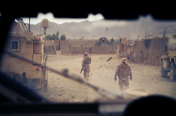 2013-11-15-MarinesAfghanistanHelmandF27atFOBNowZad2012sm.jpg