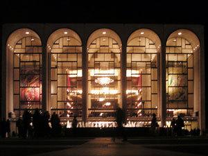 2013-11-18-Metropolitan_Opera_House_30.jpg