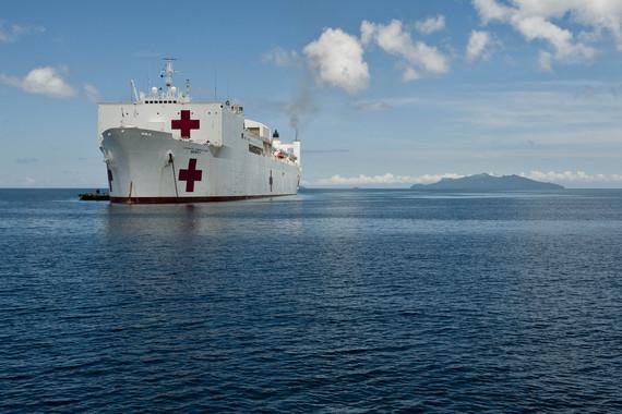 2013-11-18-typhoonhospitalship.jpg