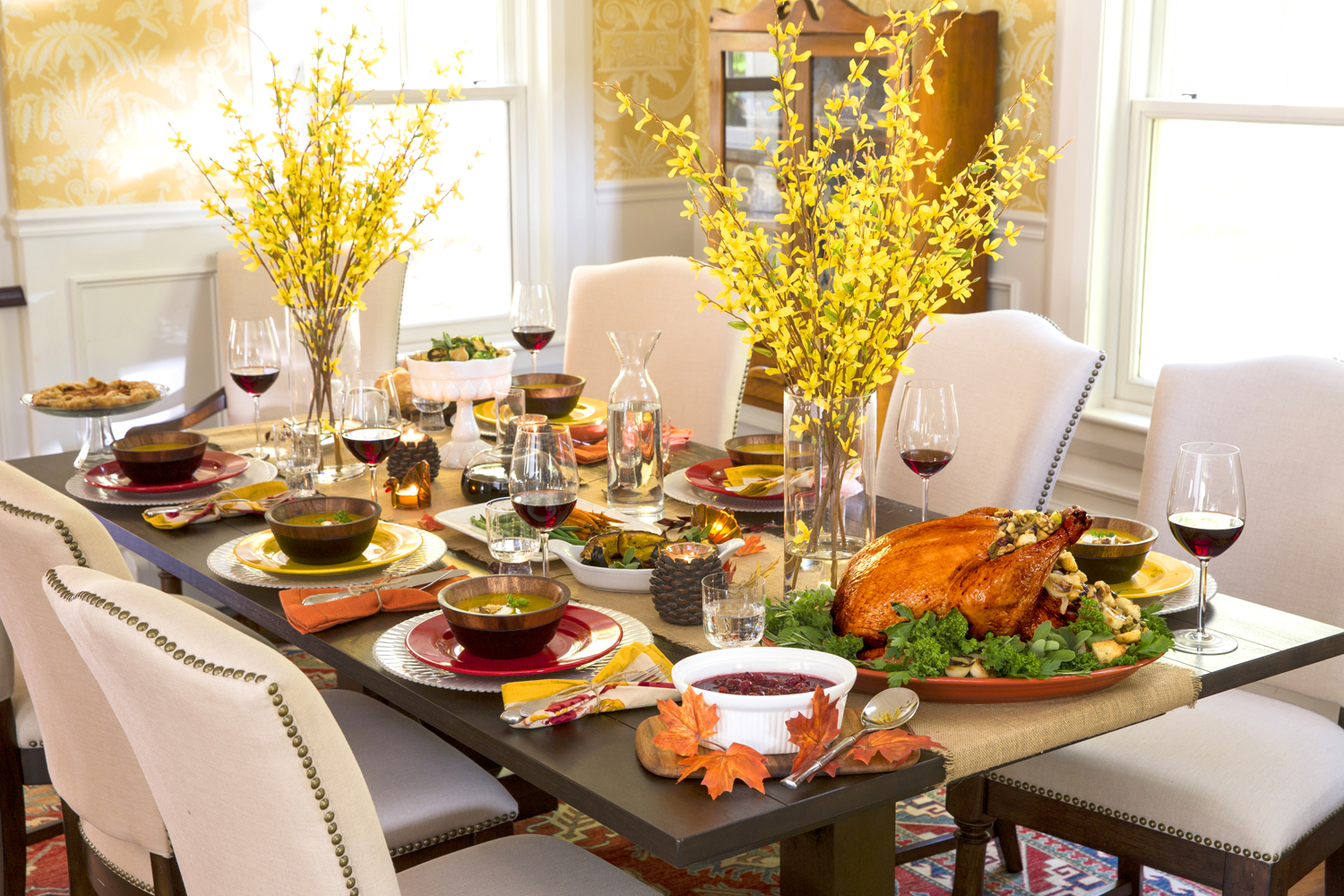 10 tips for decorating and setting your thanksgiving table for Decorating your dining room table