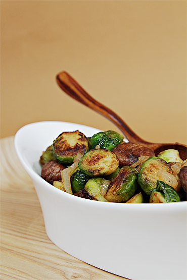 Maple-glazed Pan-roasted Brussels Sprouts With Chestnuts | HuffPost
