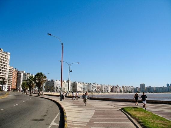 2013-11-23-MontevideoUruguaycb.jpg