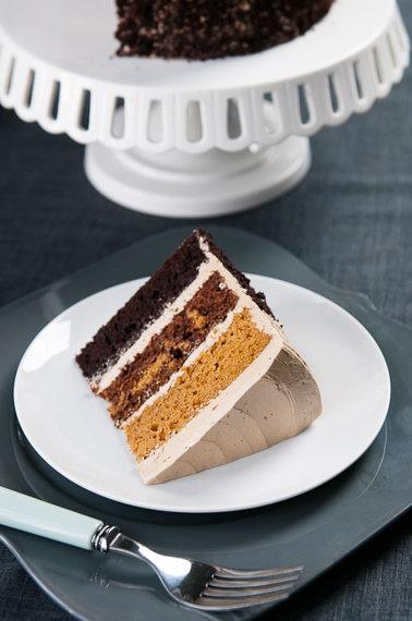 2013-11-25-cake_pumpkin_choc_main_1.jpg