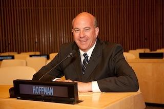 2013-11-27-hoffman.jpg