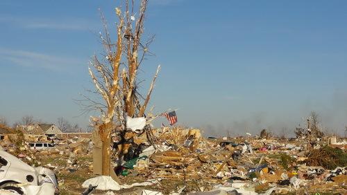 2013-11-28-tornado17_November_2013_Washington_tornado_damage_2wikimediacommons_resize.jpg