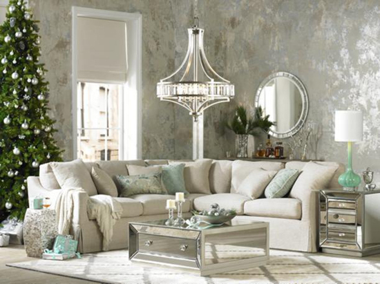 Easy Living Room Decorating Ideas for the Holidays
