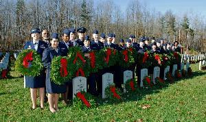 2013-11-29-wwasqadronatwretahceremony.jpg