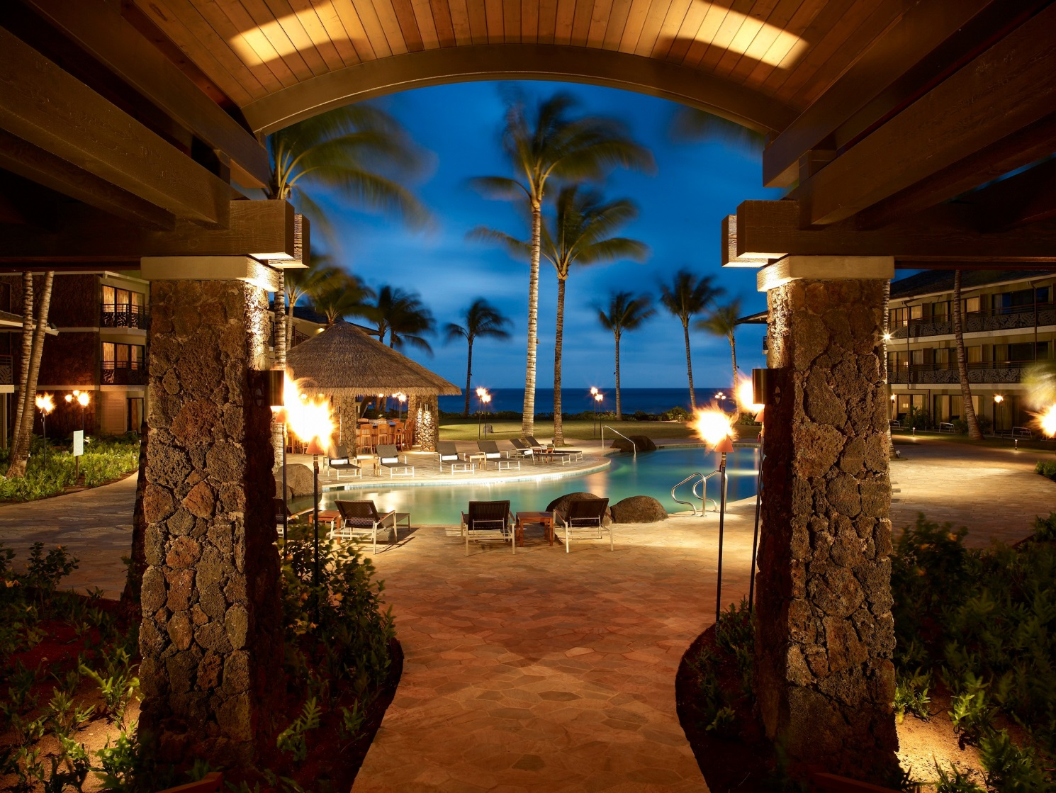 Hunger games in hawaii the islands 39 most glorious hotels for A touch of elegance salon kauai