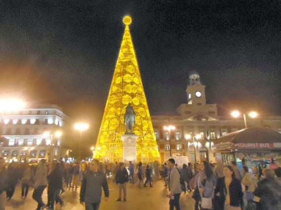 2013-12-02-Madridchristmastree.jpg