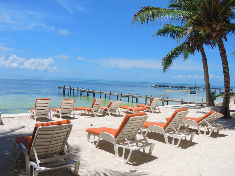 The top best places to visit in belize huffpost for Places to go fishing in houston
