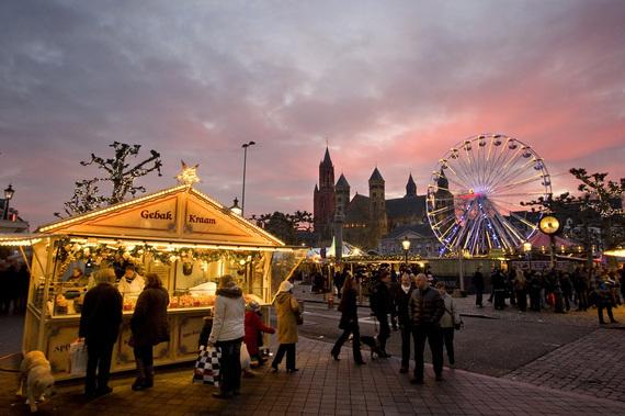 2013-12-04-maastricht_market.jpg