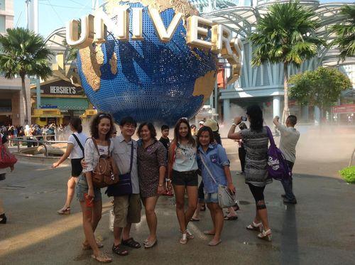 2013-12-05-UniversalStudiosSingapore.jpg