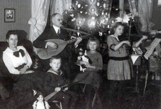 2013-12-06-Historic_Christmas_christmasgiftsfromgermany.com_epd.jpeg