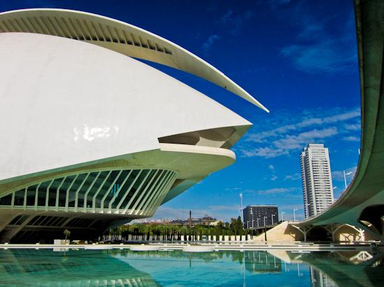 2013-12-09-ValenciaModernBuildings.jpg