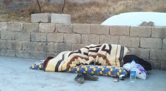 2013-12-10-sleepingonroof.jpg