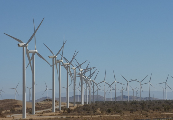 2013-12-12-Alta_Wind_Energy_Center_from_Oak_Creek_Road.jpg