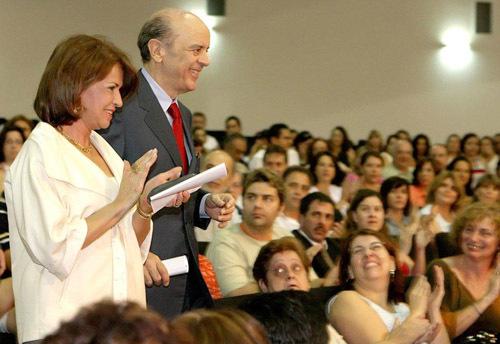 2013-12-16-cmrubinworldMaria_de_Castro_Brazil_with_Governor500.jpg