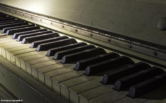 2013-12-16-piano.jpg