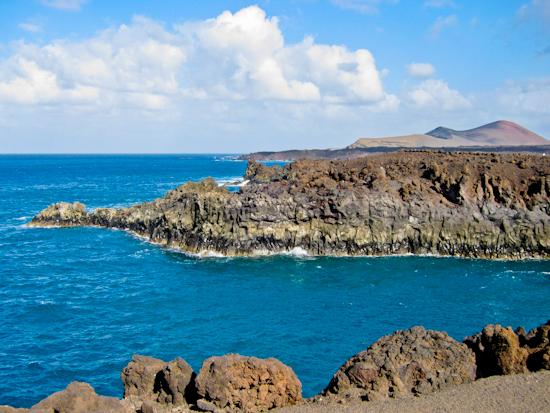 2013-12-17-LanzaroteSeascape.jpg