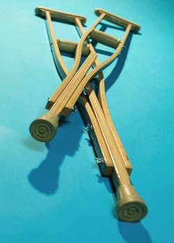 2013-12-20-crutches.jpg
