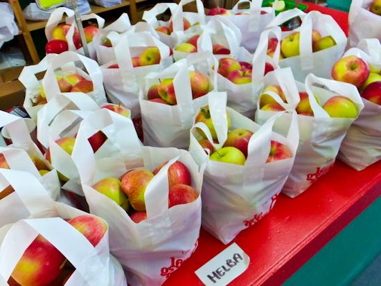 2013-12-21-Apples.jpg