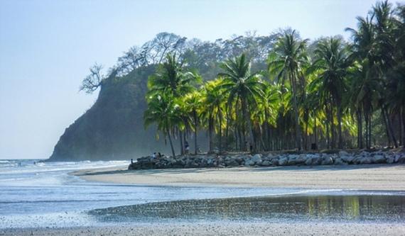 2013-12-21-beachlivingoverseasdanandsuzan.jpg