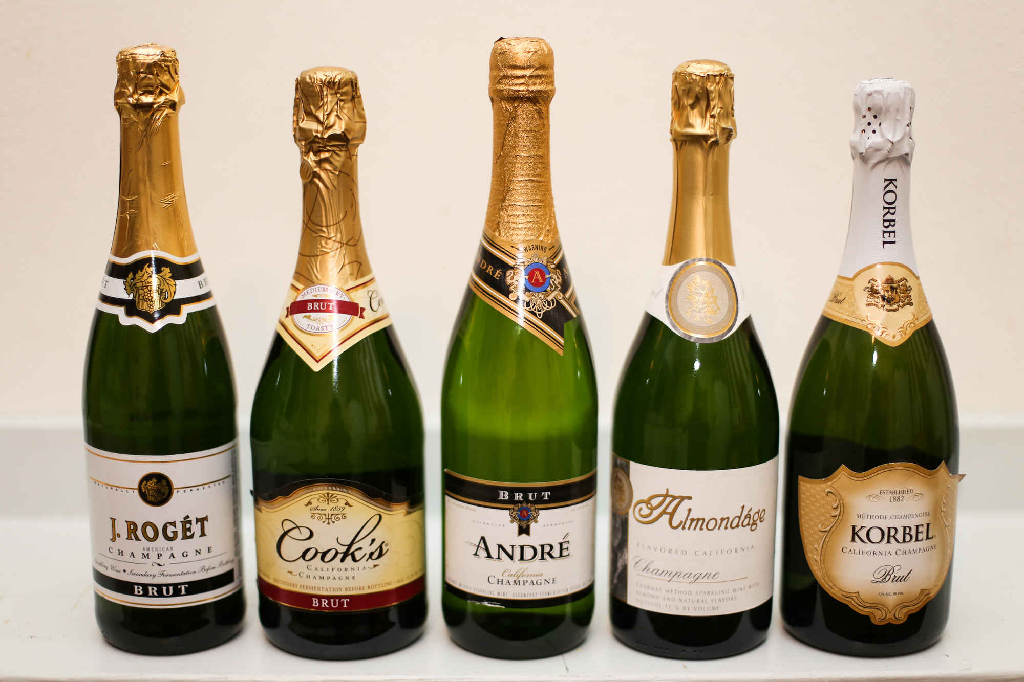 Taste test finding the best champagne under 11 huffpost for Good but cheap wine