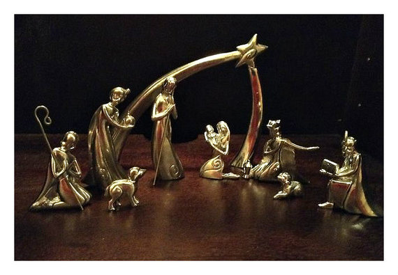 2013-12-24-goldnativity.jpg