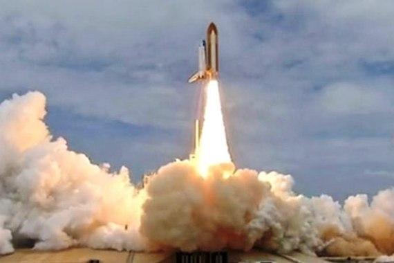 2013-12-26-KennedySpaceCenter_AtlantisFinalLaunch.jpg