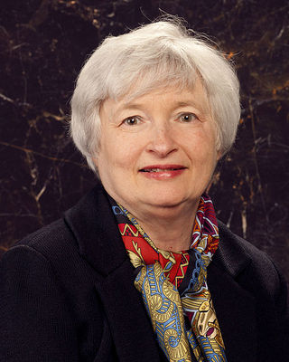 2013-12-30-480pxJanet_Yellen_official_portrait.jpg