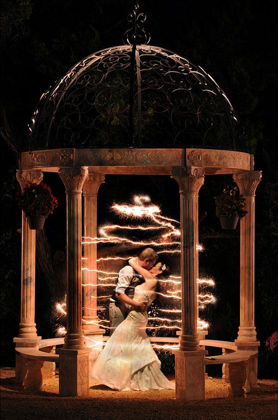 2014-01-02-3magicalsparklerweddingphotocaptivatingweddings.jpg