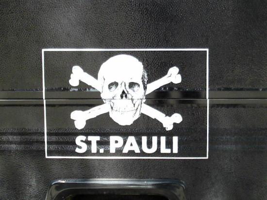2014-01-02-FC_St_Pauli_logo.jpg