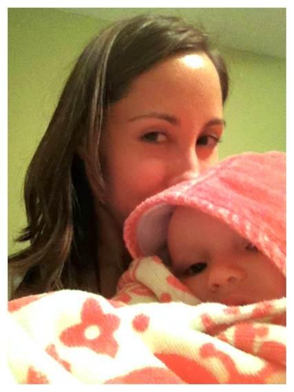 2014-01-02-Tegan_Mama_selfie.jpg