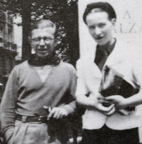 2014-01-08-Sartre_and_de_Beauvoir_at_Balzac_Memorial.jpg