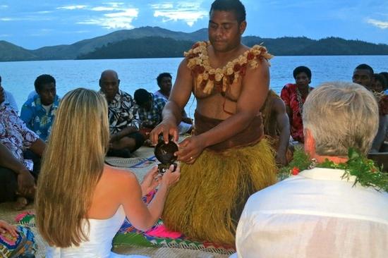 2014-01-08-turtle_island_WeddingKavaCeremony.jpg