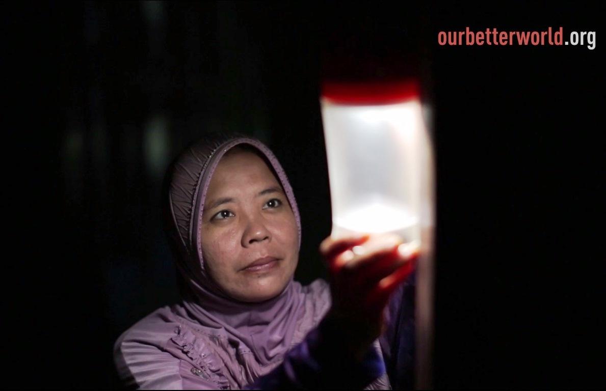 2014-01-14-MothersLightUpIndonesia7.jpg