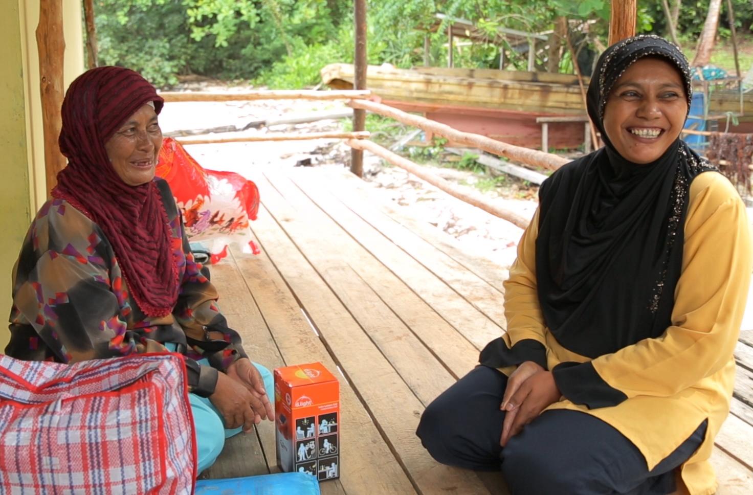 2014-01-14-MothersLightUpIndonesia8.jpg
