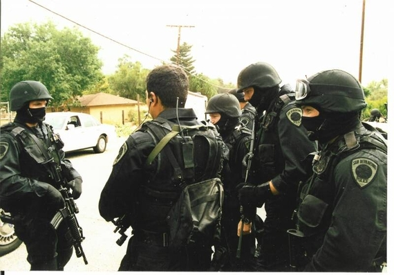 2014-01-17-San_Bernardino_police_swat_team.jpg