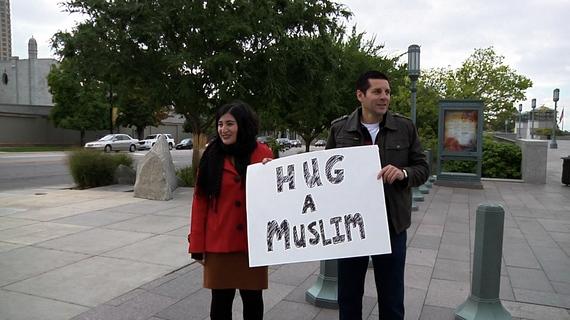 2014-01-19-Hug_a_Muslim.jpg