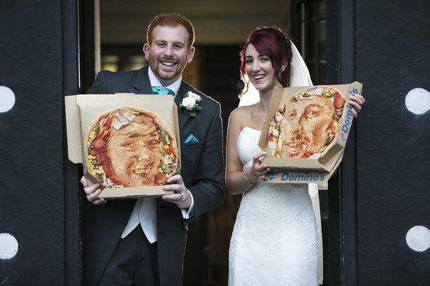 2014-01-22-pizzafacecouple.jpg