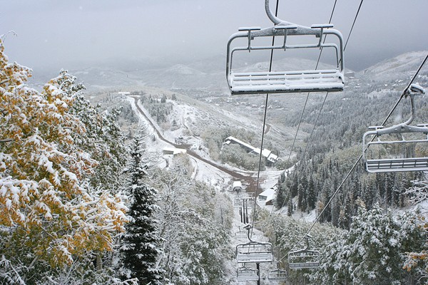 Skiing park city a love story huffpost - No name saloon and grill park city ut ...