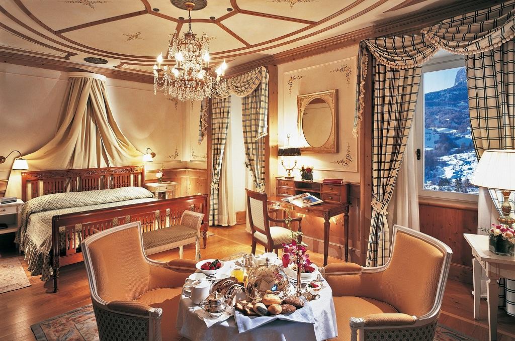 Ten Luxurious Ski Hotels Huffpost Life